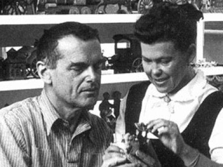 Charles&Ray Eames