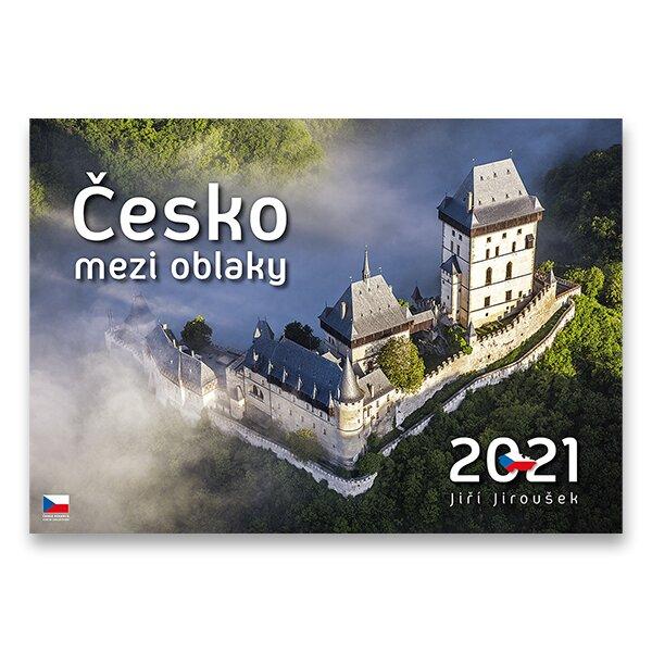 Česko mezi oblaky