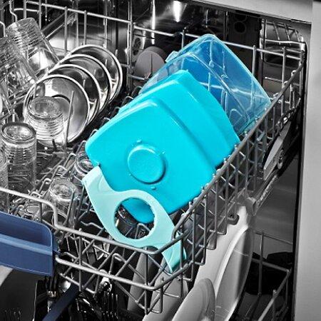 Svačinový box je možné zcela rozebrat a umýt v myčce