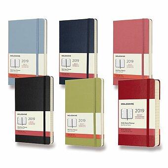 Obrázek produktu Diář Moleskine 2019 - tvrdé desky - L, denní, výběr barev