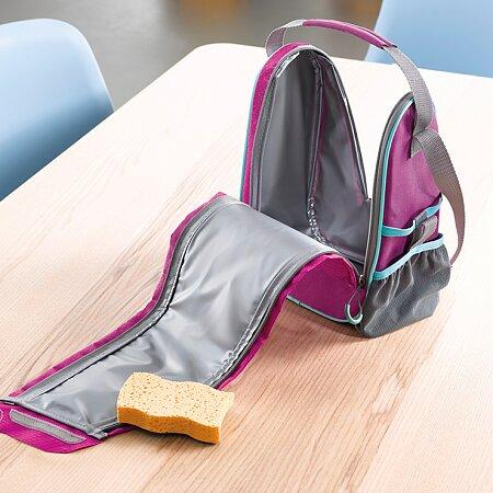 Zipy zpřísnupní každý záhyb tašky, takže se velmi snadno udržuje