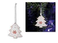 TREE CHARM - vánoční závěsná ozdoba ze dřeva, strom, bílá