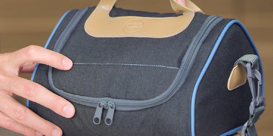Taška má kompaktní velikost, dobře se přenáší a vejde se do ní vše potřebné