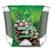 Vonná svíčka Glade Maxi Nordic Crips Pine